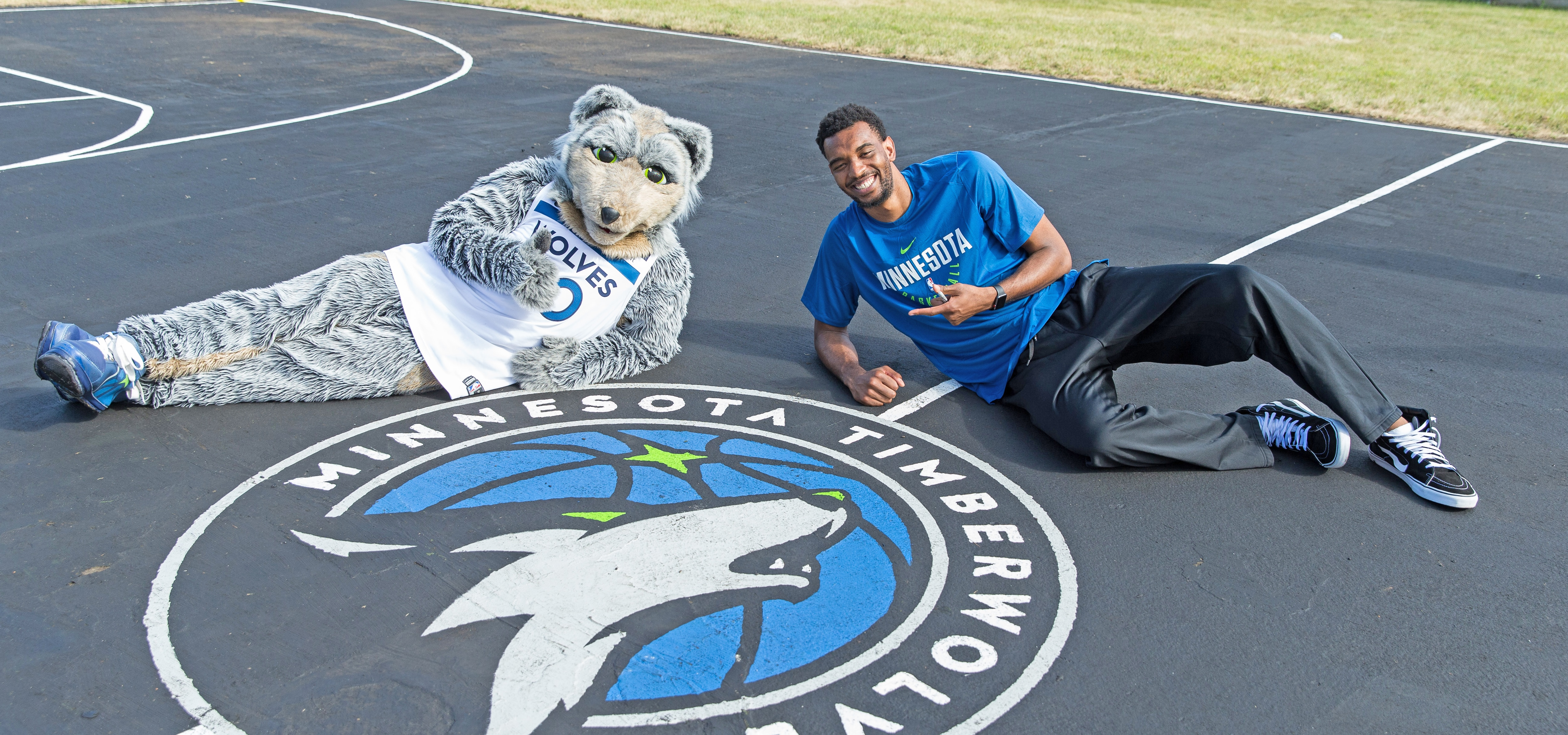 Minnesota Timberwolves FastBreak Foundation and U.S. Bank Unveil Refurbished Courts in Hastings