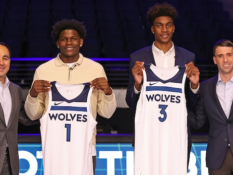 Timberwolves Sign Anthony Edwards And Jaden McDaniels