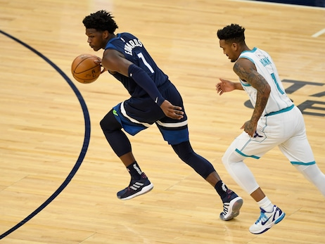 Photos: Wolves vs. Hornets