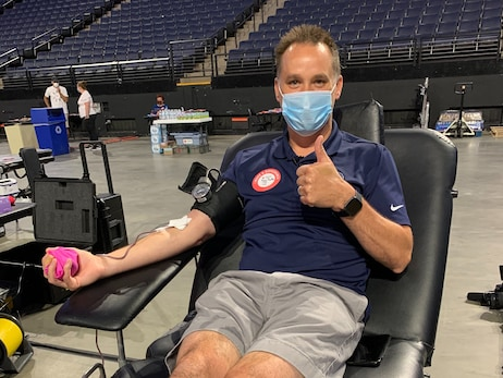 PHOTOS: Wolves And Lynx Host American Red Cross Blood Drive Presented By Anheuser-Busch