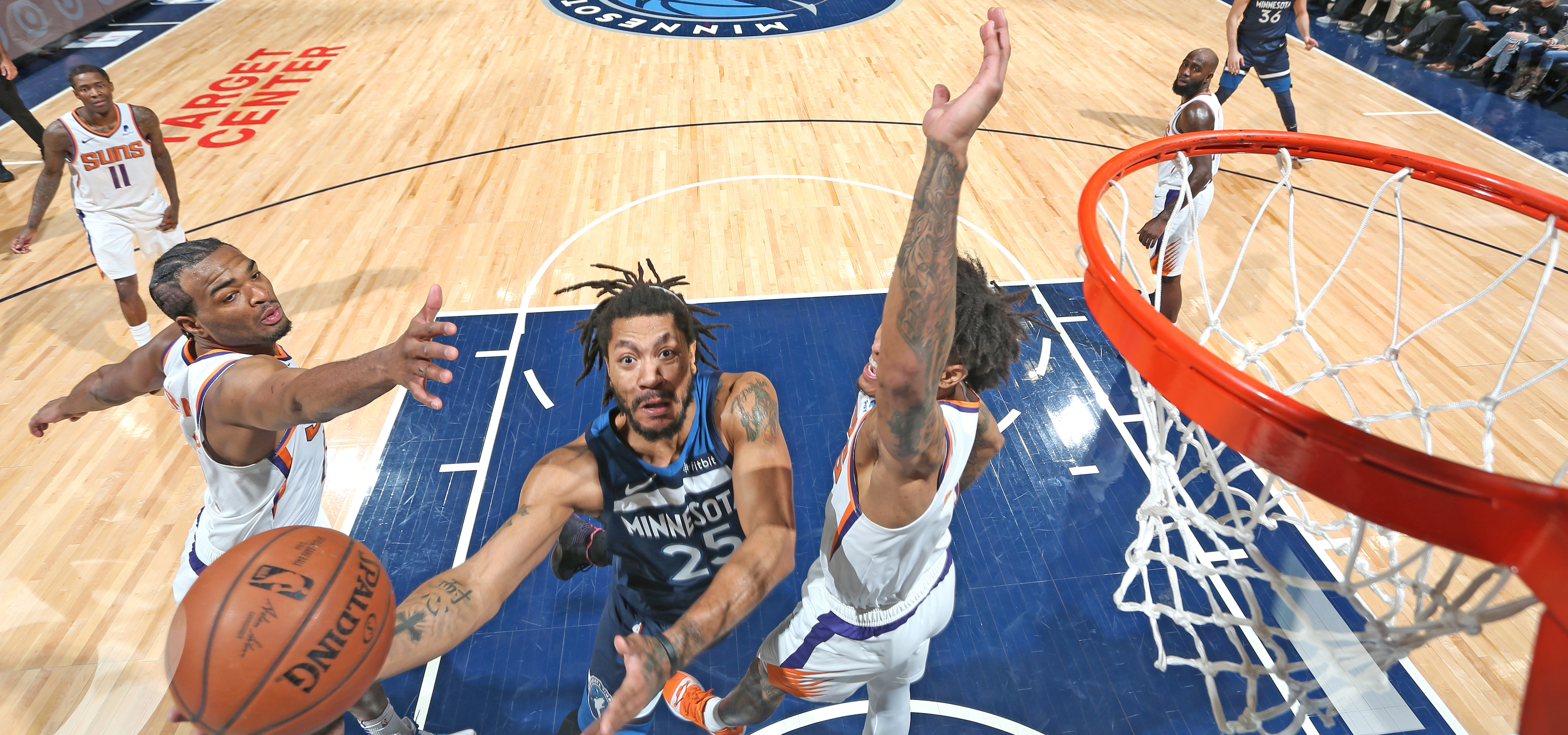 645afebdd12d Derrick Rose Wins It For The Wolves As They Take Down Suns ...