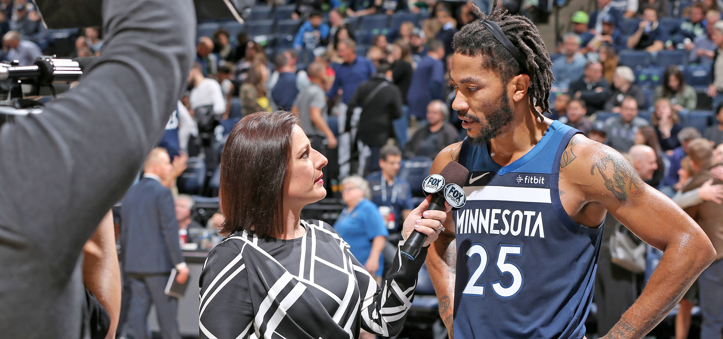 Derrick Rose Turns Back The Clock Against Mavericks