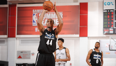Summer League Photo Gallery | Wolves vs. Spurs