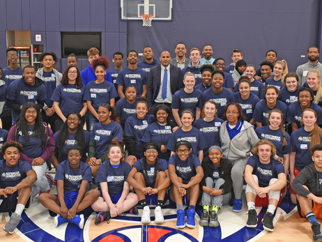 Timberwolves Host Athletes For 2018 Captain's Camp