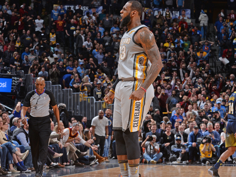 Western Conference Playoff Update | King James Takes Over In Denver, Davis Rolls Ankle In Win