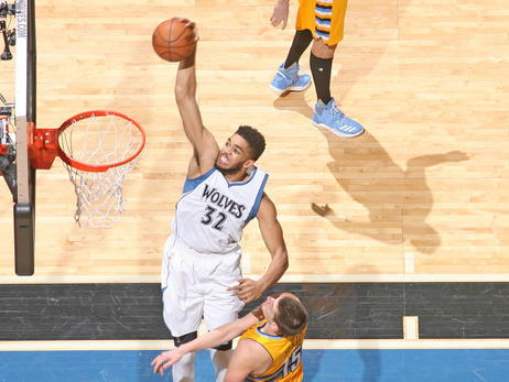 Towns, Wolves Take Down Nuggets