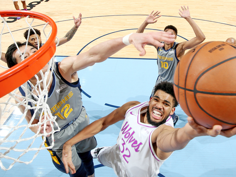 Towns Continues To Dominate, Wolves Take Down Grizzlies
