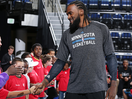 Turiaf Writes About Heart Surgery, Fred Hoiberg And More For The Players' Tribune