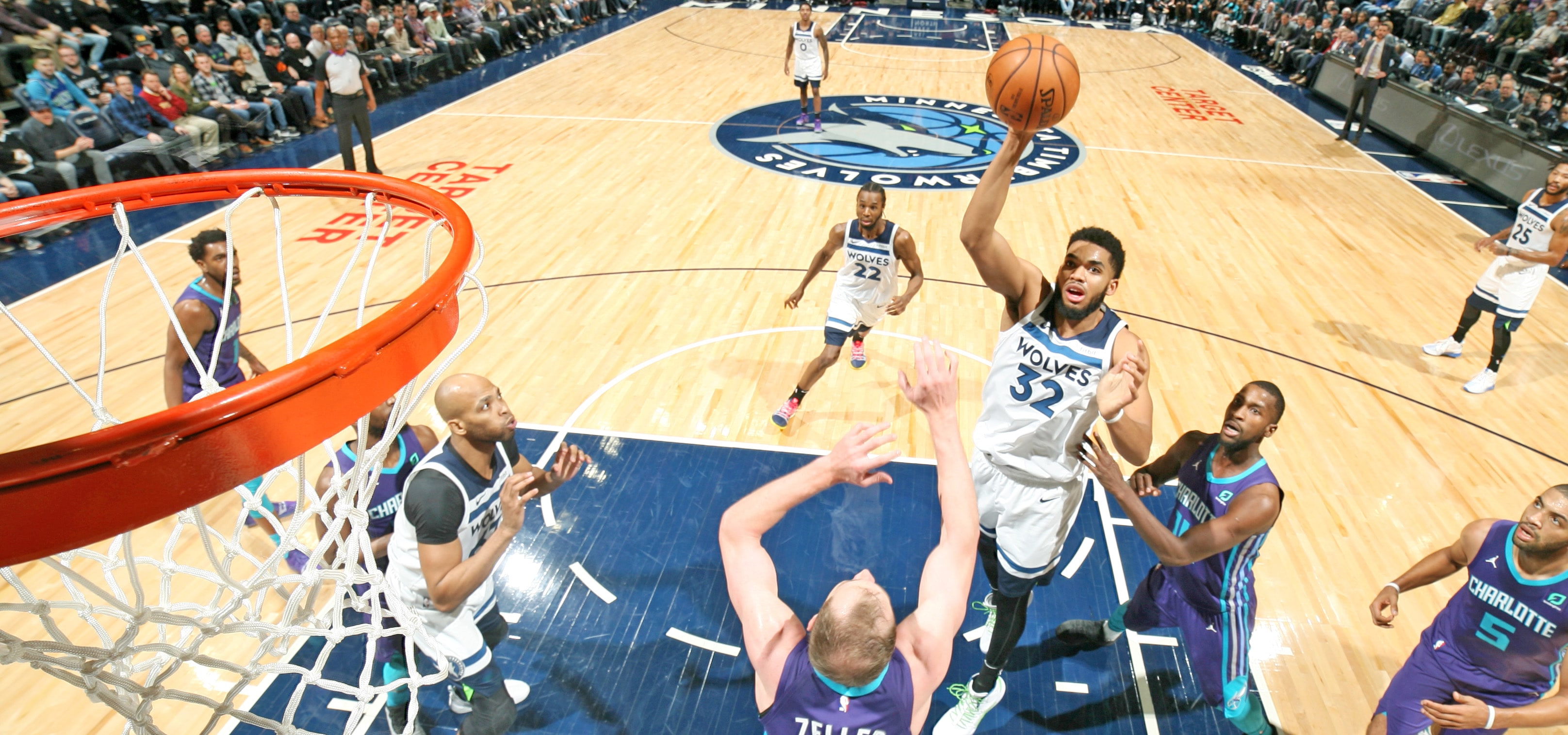 Karl-Anthony Towns Had An Absolutely Ridiculous Night Against The Hornets