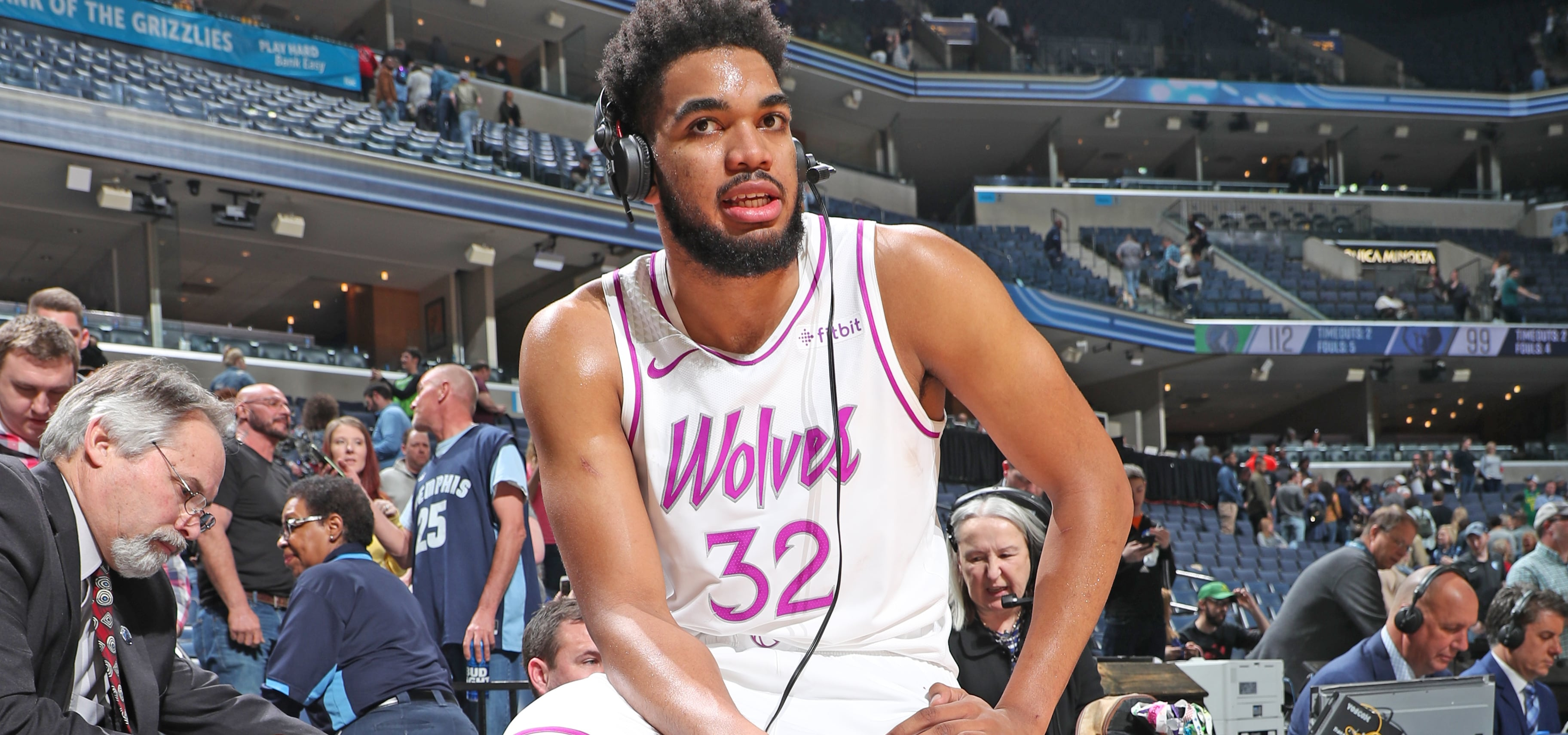 Towns Now Leads NBA In 30 20 Games  f0eb90893