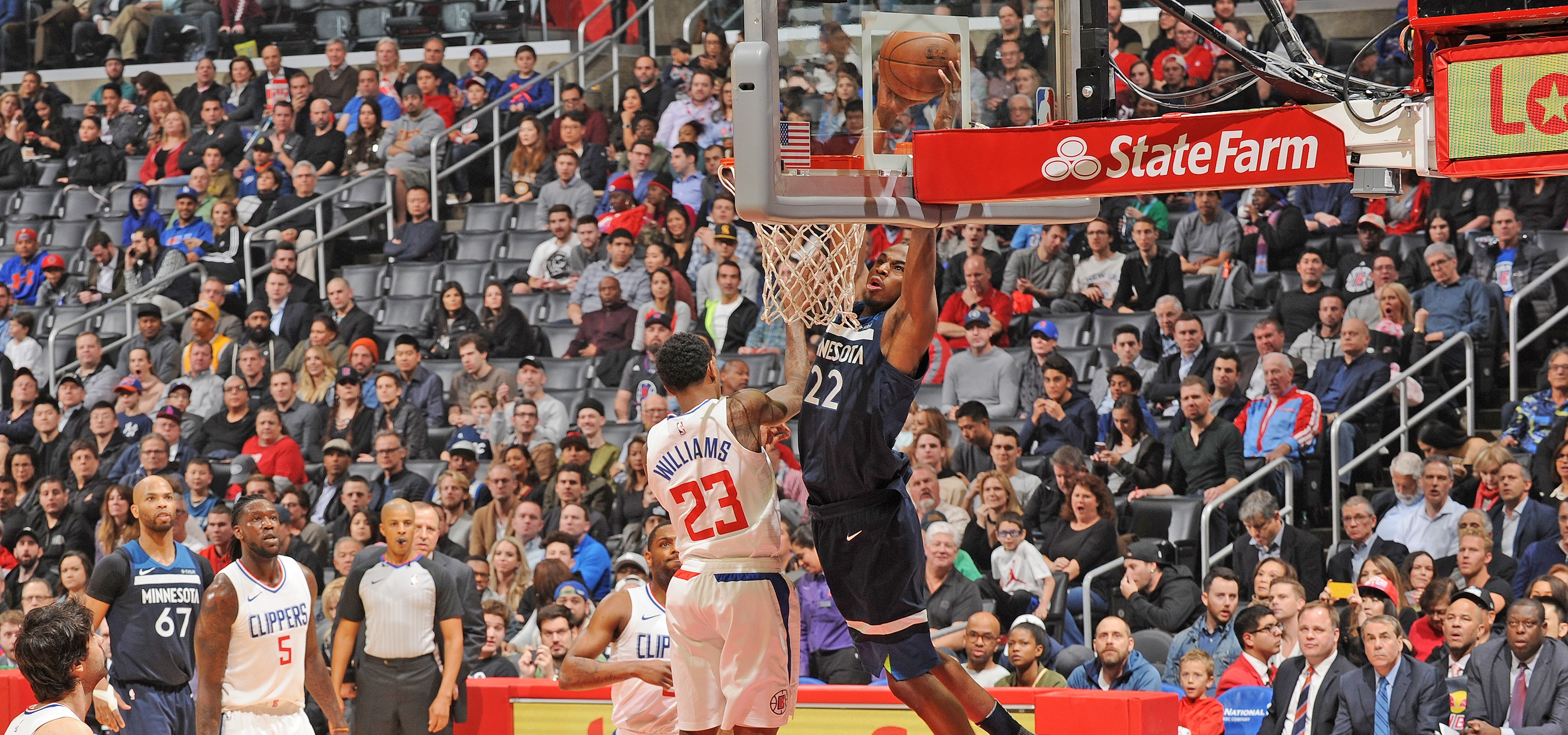 Wiggins Nets 40 In W Over Clippers