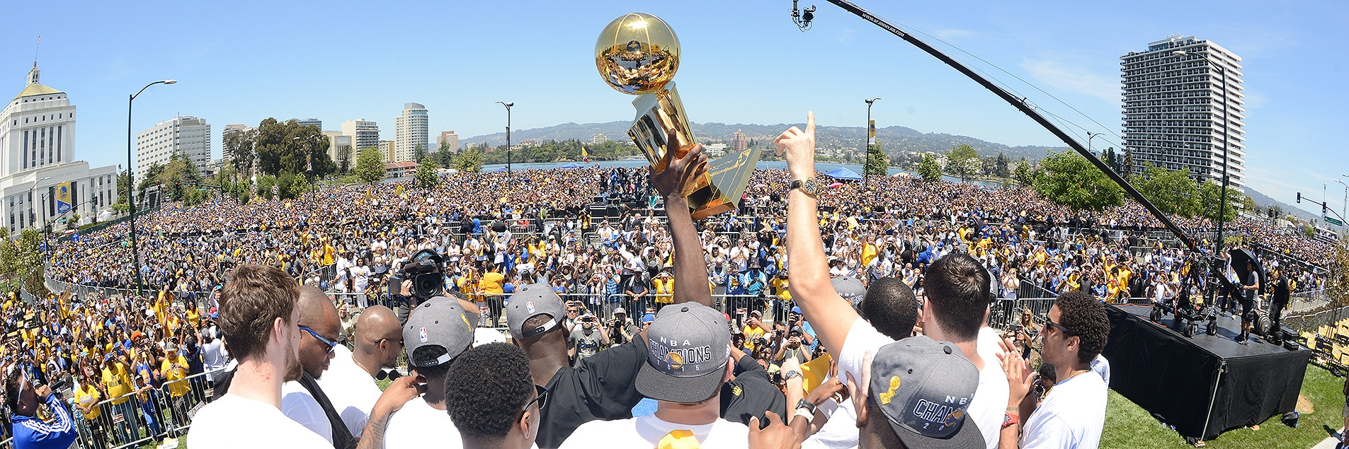 Staff Favorites: Social Media Moments of the Year | Golden State ...