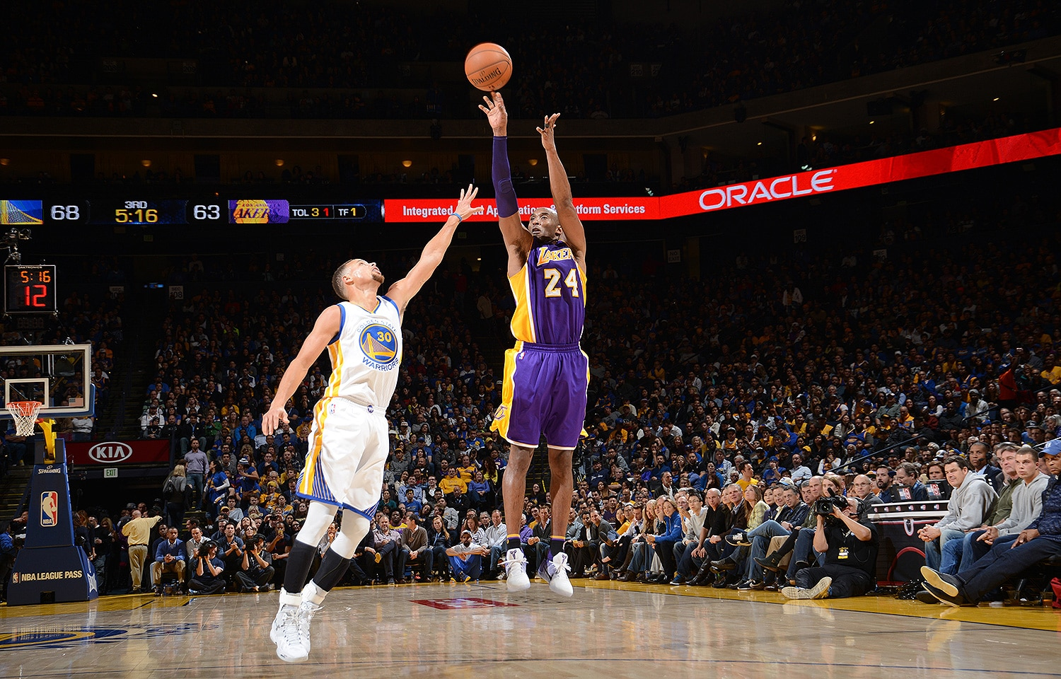 Warriors Beat L.A. in Kobe's Final Game at Oracle Arena | Golden State Warriors