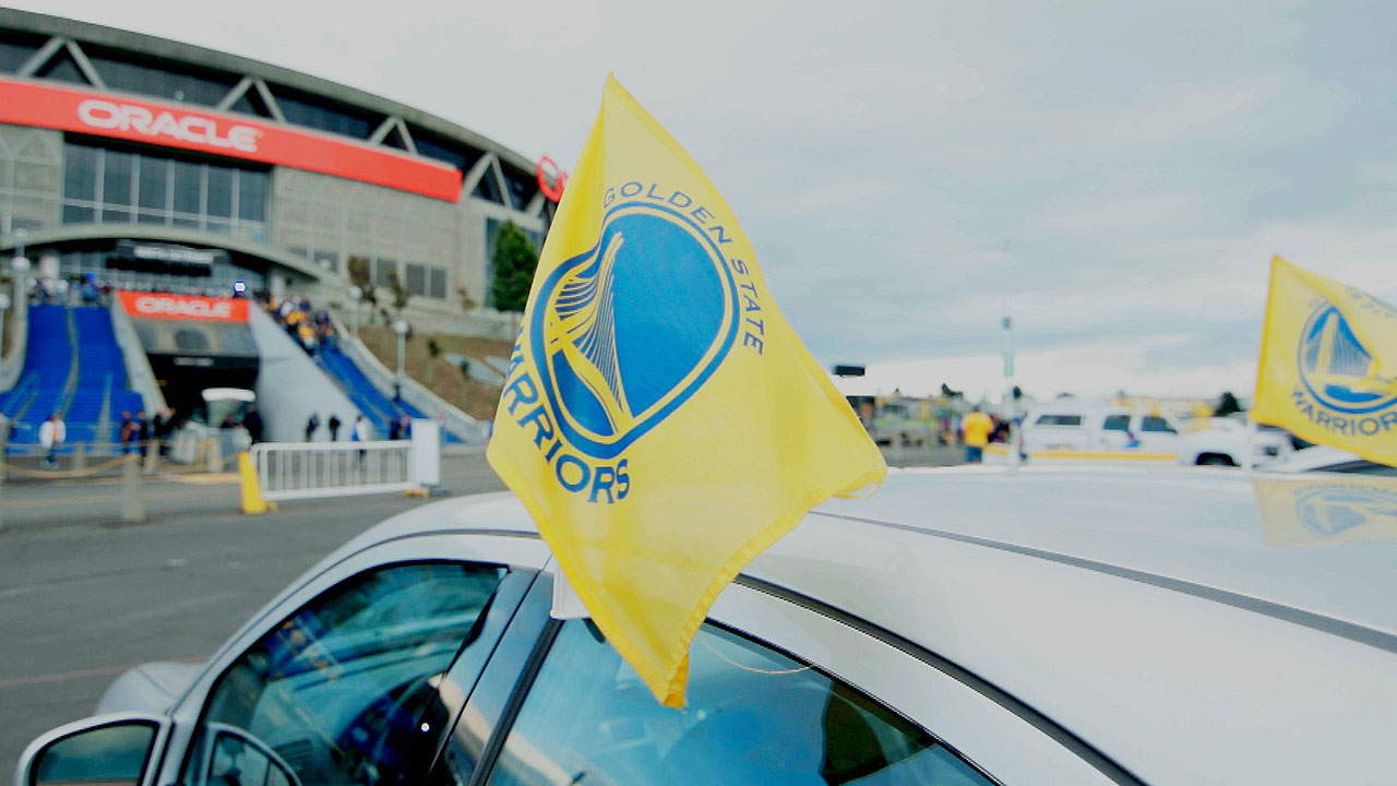 Design car flags - Warriors Encourage Fans To Celebrate Car Flag Friday Golden State Warriors