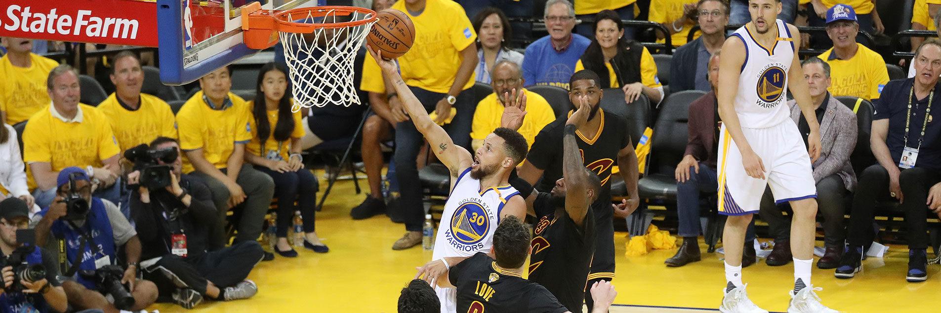Dubs' Dynamic Duo Leads Warriors to Game 2 Victory