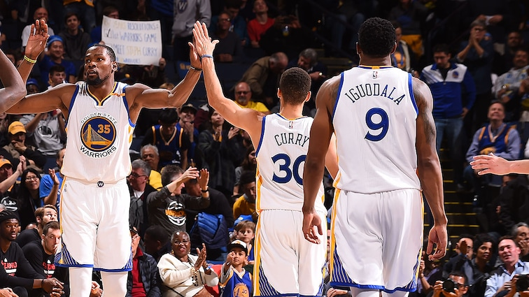 Warriors Re-Sign Curry, Durant, Iguodala, Livingston, Pachulia and West to Contracts