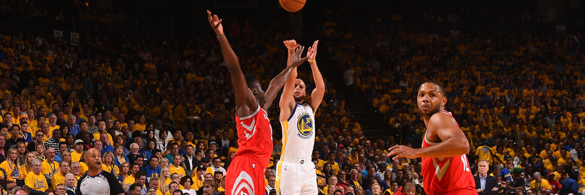 Curry, Warriors Bounce Back in Game 3 | Golden State Warriors