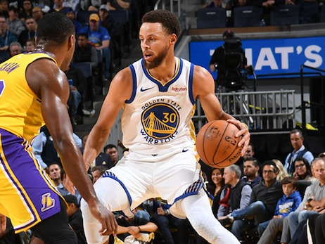 Curry's 32 Points Fuels Dubs' Win in Preseason Finale