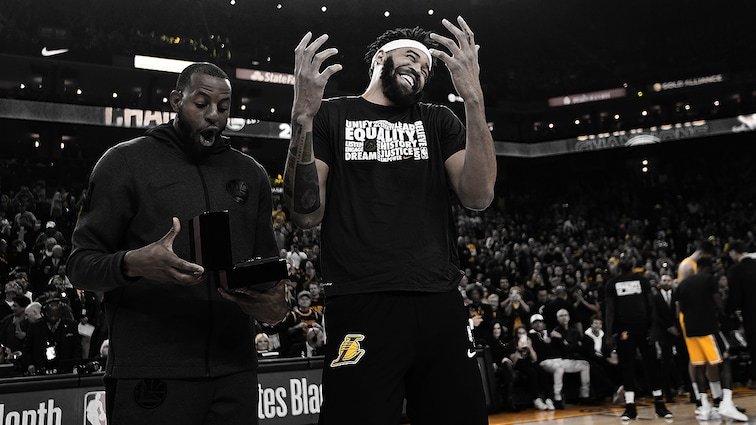 Andre Iguodala Presents JaVale McGee with his 2018 NBA Championship Ring