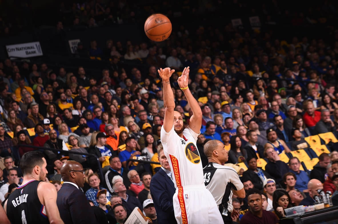 Steph s splash party highlights dubs rout of l a golden state
