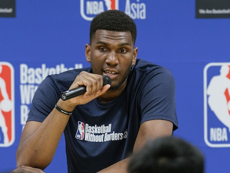 "Kevon Looney's Time in Tokyo ""a Lot of Fun"""