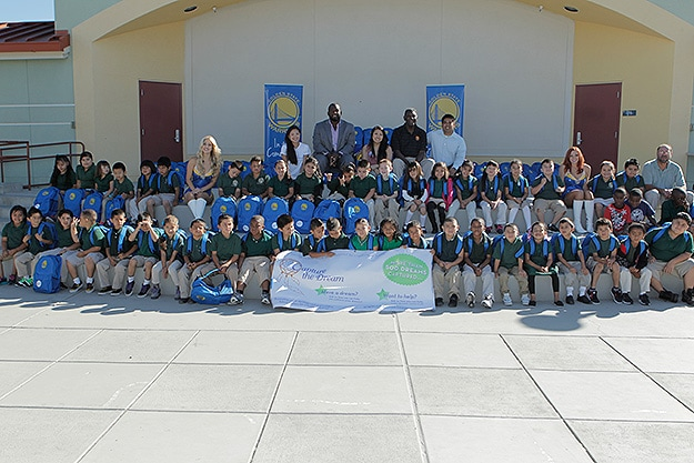 Acorn Woodland Elementary Backpack Giveaway | Golden State Warriors
