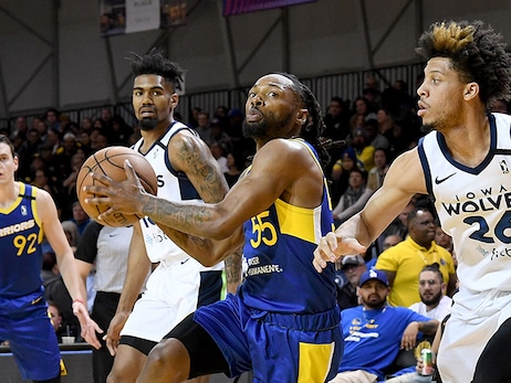 Beachcombings: Sea Dubs Fight for Final Playoff Spot