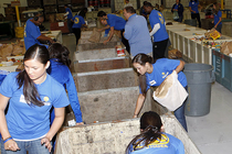 Warriors Volunteer at Alameda County Food Bank