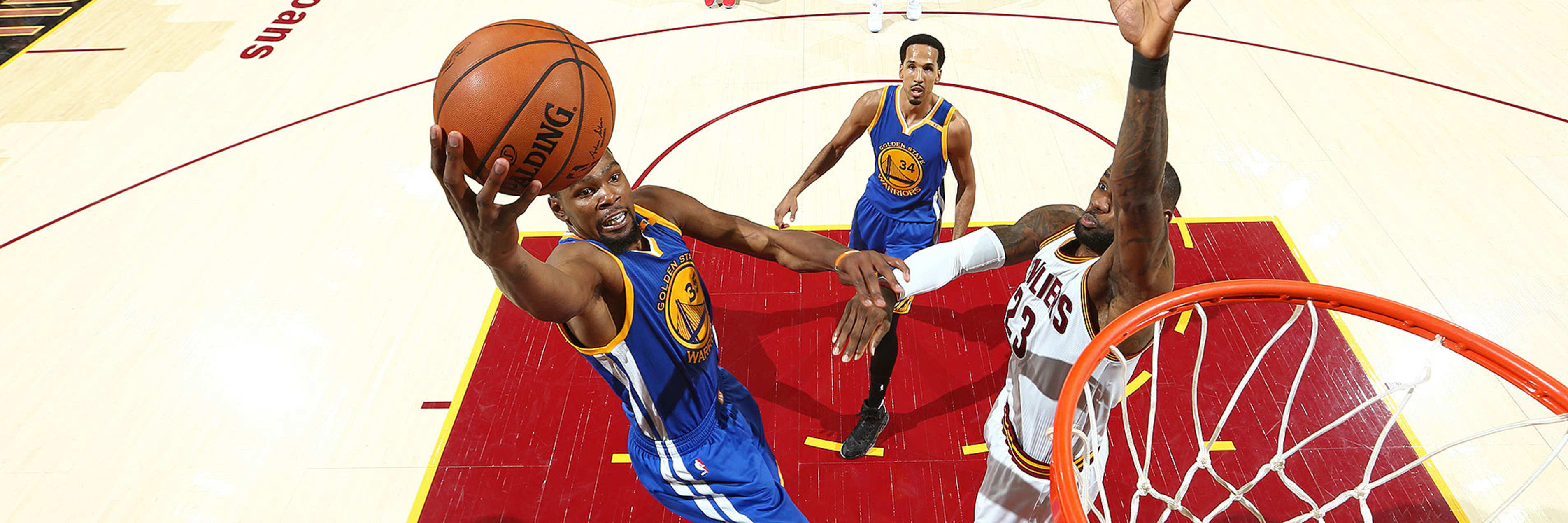 Dubs Suffer Defeat in Game 4