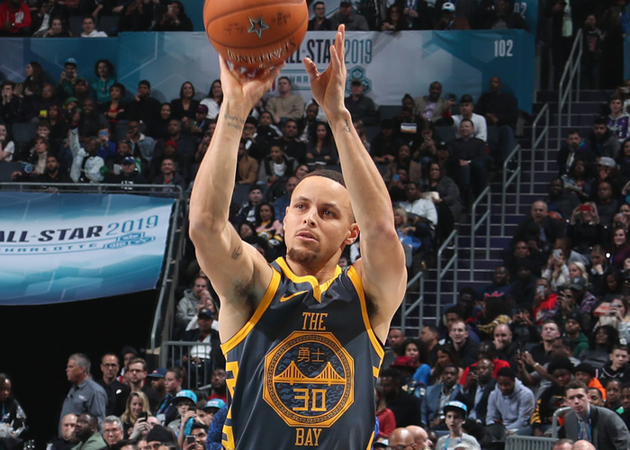 Curry Comes Up Short In 3-Point Contest | Golden State Warriors