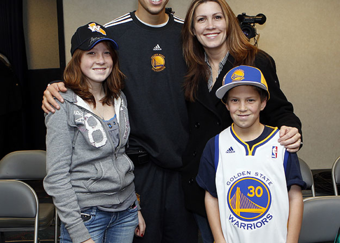 Stephen curry meet and greet 122010 golden state warriors the season ticket holders got the opportunity by providing a winning bid in an auction to m4hsunfo
