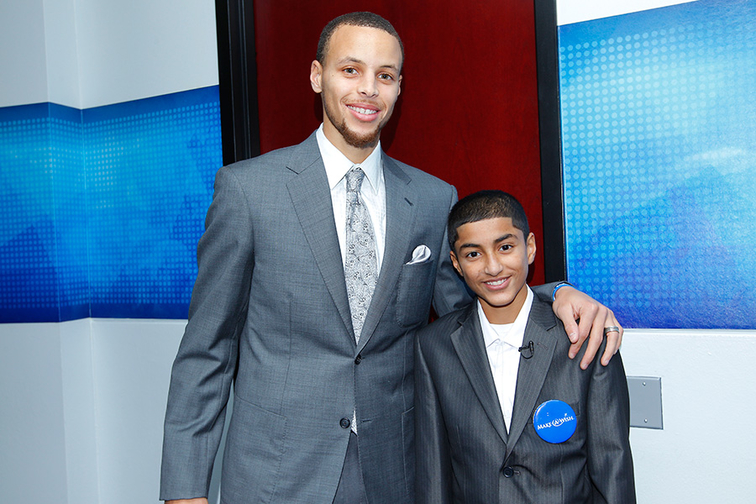 Stephen Curry: 2013-14 Kia Community Assist Seasonlong Award Winner