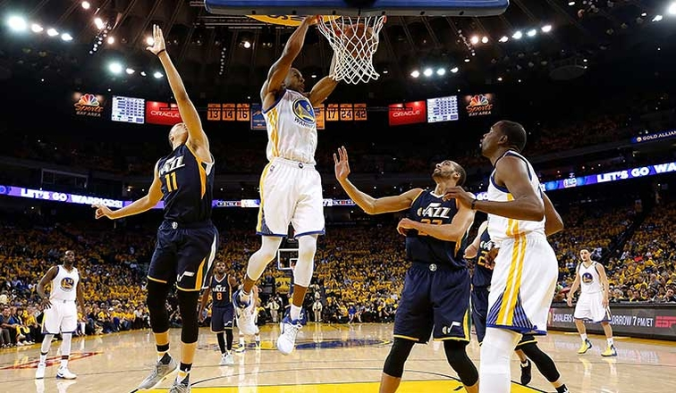 Warriors beat Jazz to take 3-0 lead in series