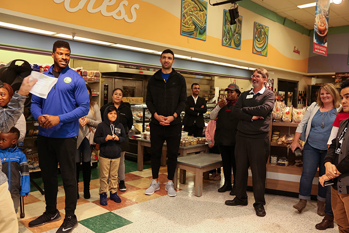 Photos: Warriors Host Shop and Learn presented by Lucky