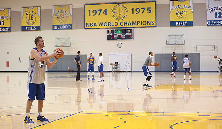 Warriors 2014 Training Camp Central