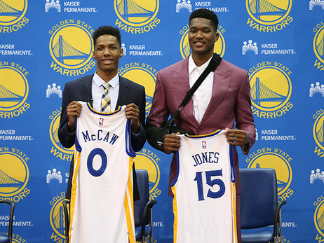 Warriors Sound: Jones and McCaw Introduced