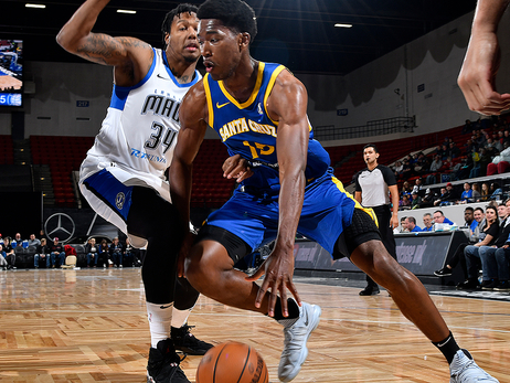 Warriors Assign Damian Jones to Santa Cruz