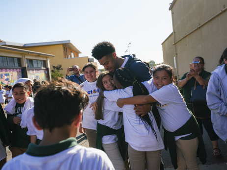 Photos: Quinn Cook Hosts Get Fit Time-Out With Kaiser Permanente