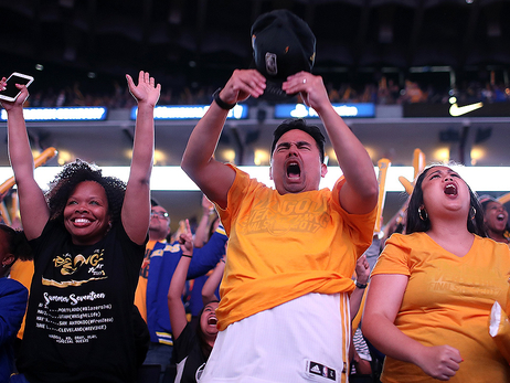 Warriors to Host Official Watch Party at Oracle Arena for Games 1 and 2 of the NBA Finals