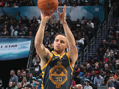 Curry Comes Up Short In 3-Point Contest