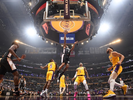 Wizards drop road trip opener to Lakers, 124-106