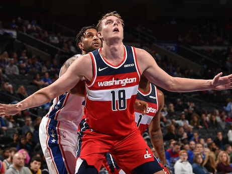 Wizards sign center Anzejs Pasecniks to two-way contract