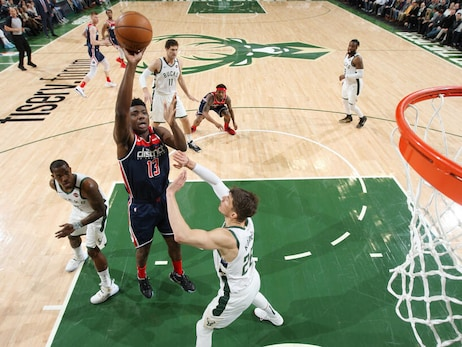 Wizards fall to league-leading Bucks 151-131