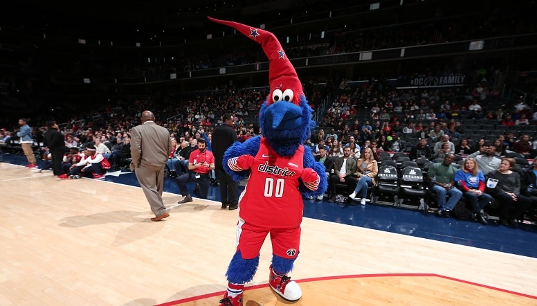 G-Wiz dancing at Capital One Arena