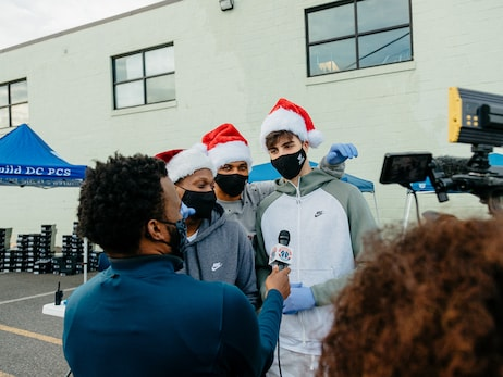 Wizards give back to D.C. communities during the holiday season