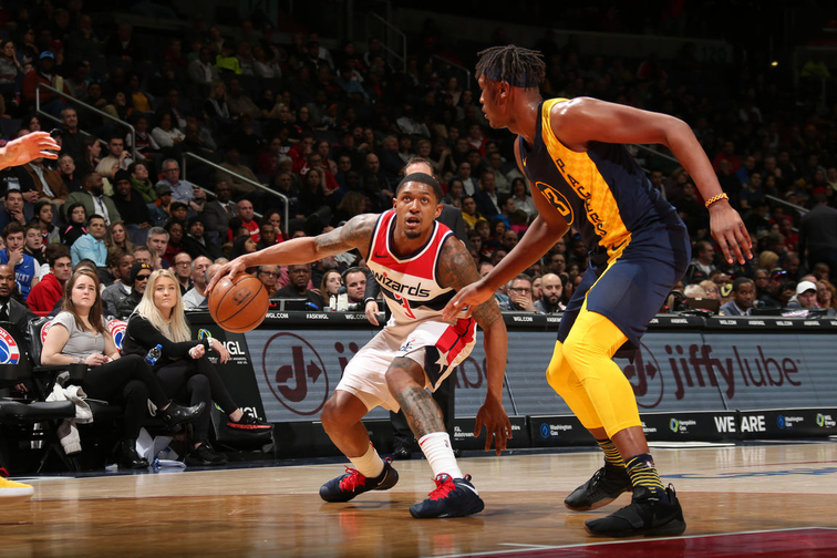 Oladipo scores 33 as Pacers hold off Wizards