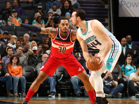 Hornets blow out Wizards in Charlotte, 133-109