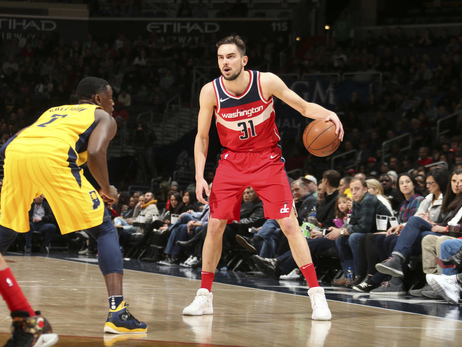 Wizards take season series with win over Pacers, 109-102