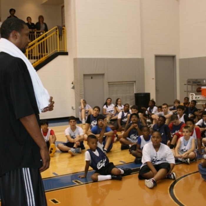 McGuire and Young Visit Wizards Basketball Camp